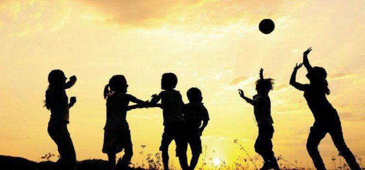 Θέλουμε τὰ παιδιά μας ἀετοὺς τοῦ πνεύματος ἢ πουλερικὰ στὸ κοτέτσι τοῦ συστήματος;