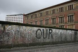 """Ἀνατολικὴ Γερμανία: Τὸ δεύτερο """"ἄνσλους"""""""