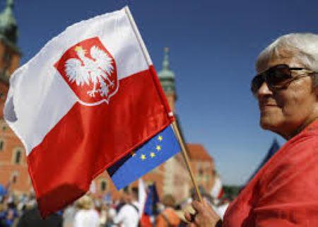 Πολωνία: Επωφελείται από την Ε.Ε. χωρίς να μπαίνει στον Ευρώ