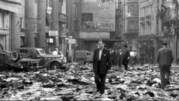 ΣΕΠΤΕΜΒΡΙΑΝΑ 1955: Πώς η προβοκάτσια γίνεται πολιτική