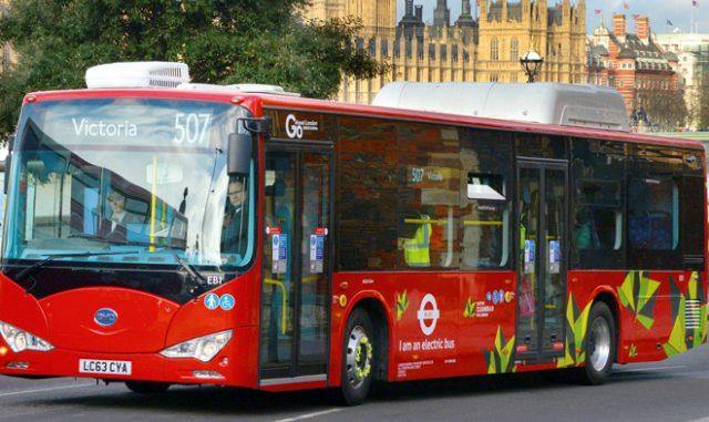 Μ. Βρετανία: 3,5 δις ευρώ για αστικά λεωφορεία