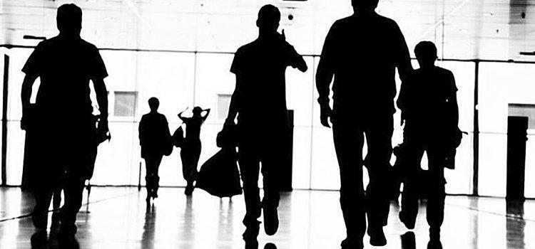 Προτεραιότητα της Ολιγαρχίας η απαξίωση της εργασίας